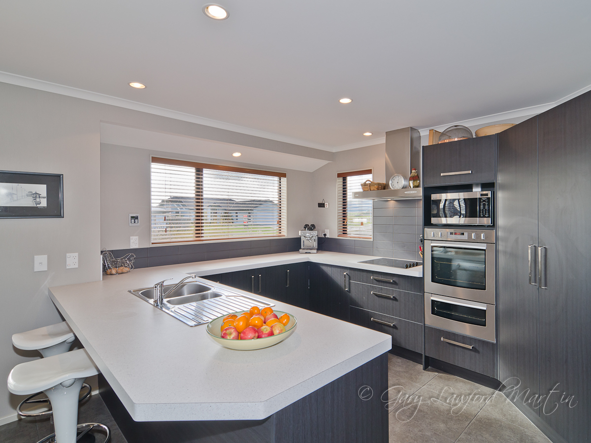 170 Pacific Drive Kitchen
