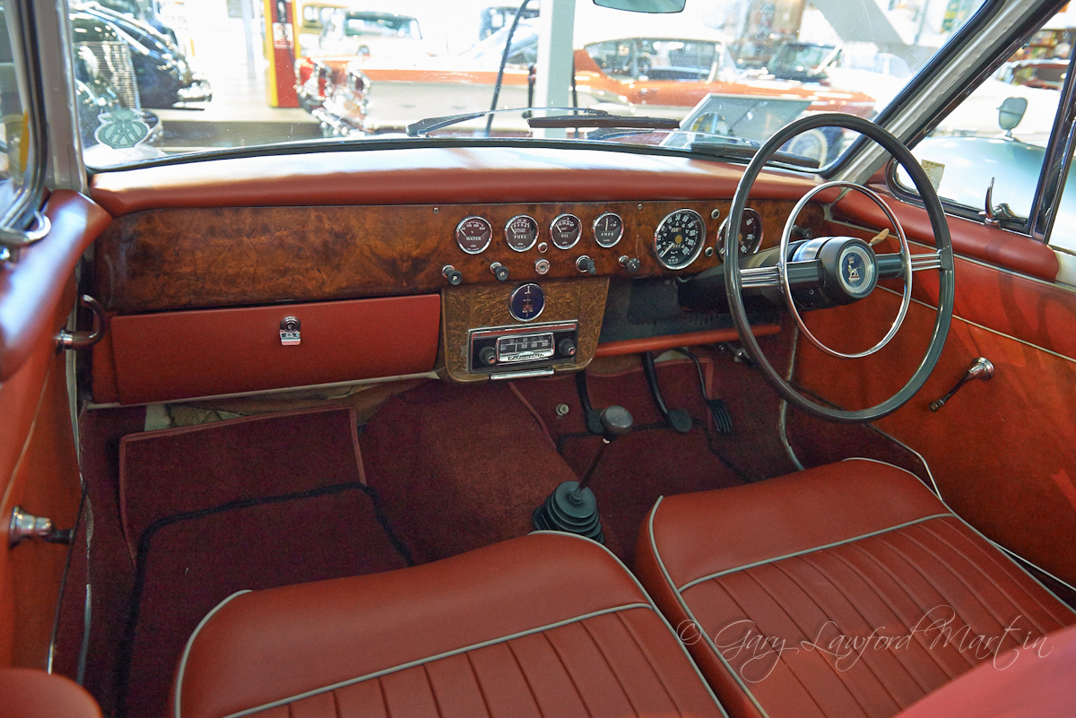 1961 Sunbeam Rapier Walnut Dash
