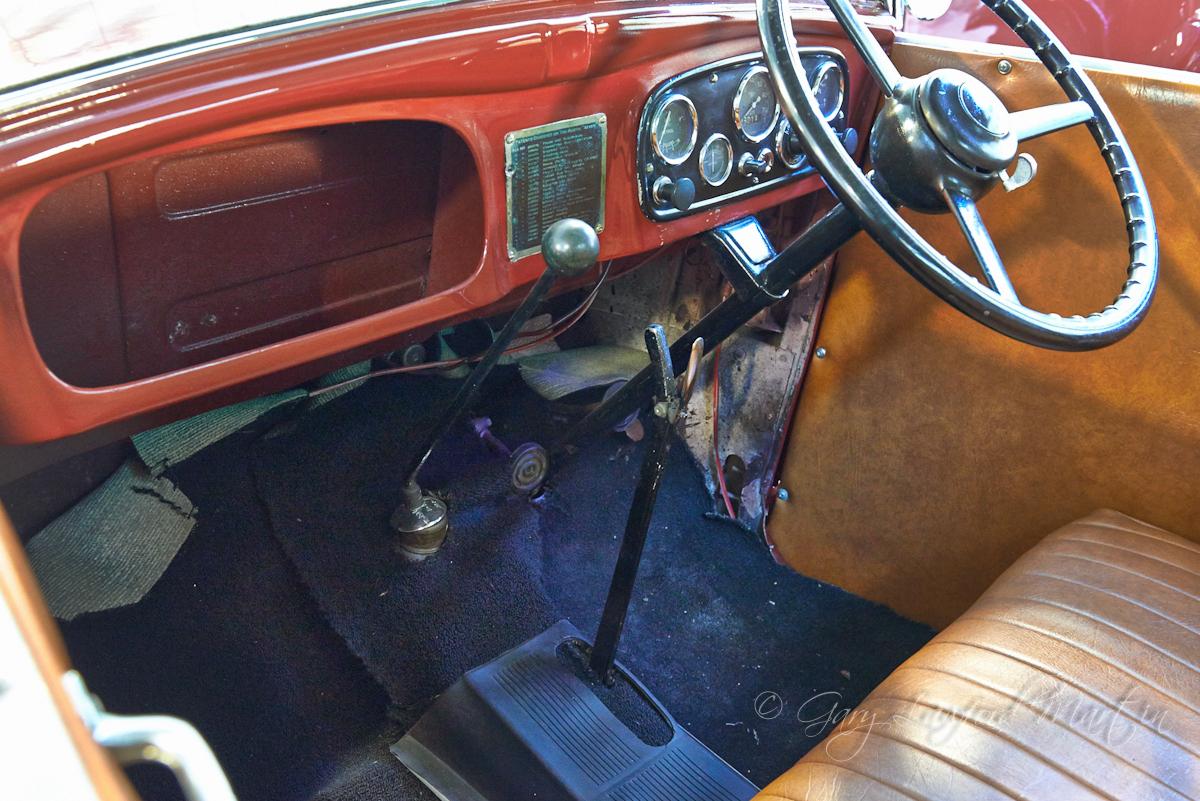 1937 Austin 7 Opal Interior