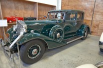1933 Packard 8 Victoria Coupe